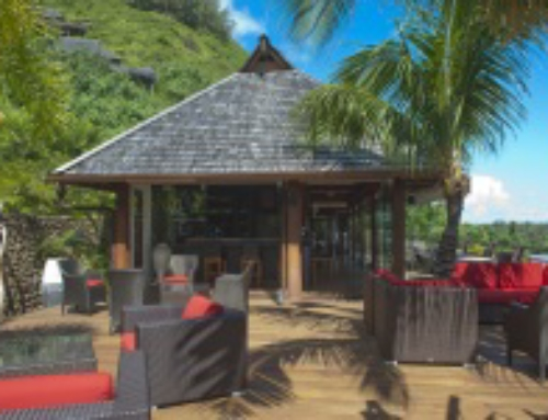 NEW Dining address on Moorea with Le Coco's!