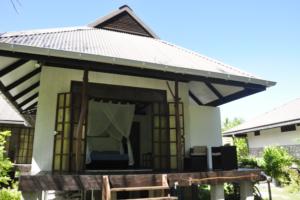 Rangiroa - Guest House - Coconunt Lodge - Garden Bungalow Front
