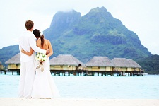 Renewal of vows at the Bora Bora Pearl Beach Resort & Spa