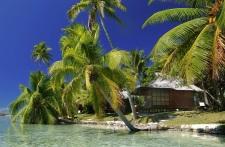 De confortables bungalows sur plage