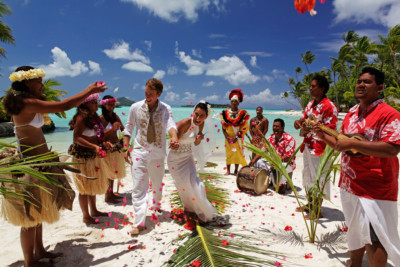 Polynesian Wedding Ceremony at the Bora Bora Pearl Beach Resort